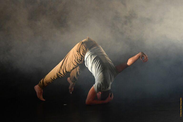 EL FIL DEL SILENCI amb Zamdart Companyia de Dansa i Indra Dance Company